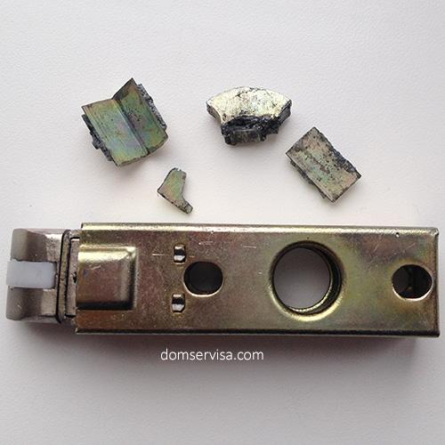 Сломанная дверная ручка MVM