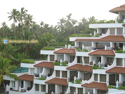 Вид на балконы отеля Vivanta By Taj